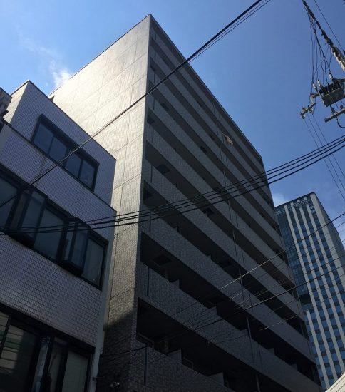 大阪を代表するオフィス街「本町」より
